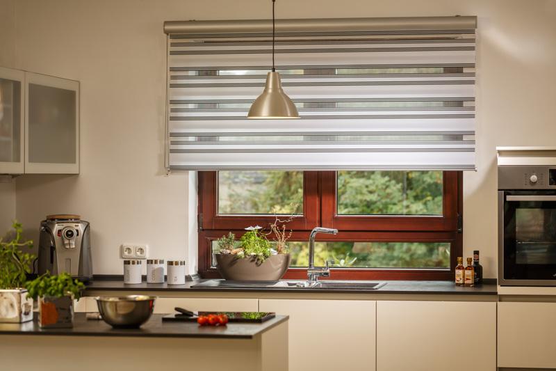 Blöcker Duoflor Doppelrollo Stripes grau weiss Küche